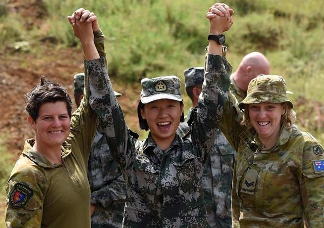 Ejércitos de China y Australia concluyen ejercicio conjunto de entrenamiento