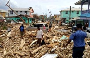 El huracán María deja al menos 18 muertos en su paso destructor por el Caribe