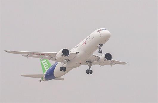Avión C919 de China cumple segundo vuelo experimental
