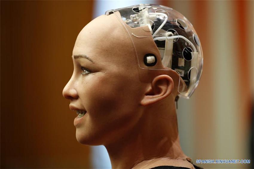 Sophia, un robot humanoide realista