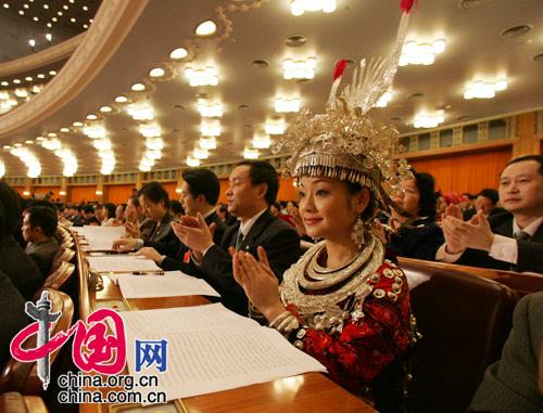两会上的少数民族代表(中国网-人民画报 徐讯摄)