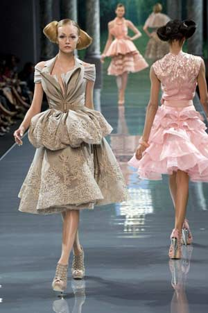 fashion designer glasses  british designer