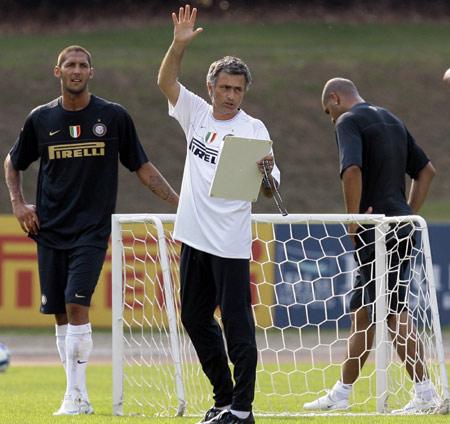 Mourinho munka közben