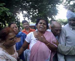 123 killed in temple stampede in India