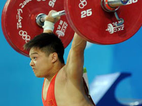 Chinese Long Qingquan wins men's 56kg class weightlifting gold