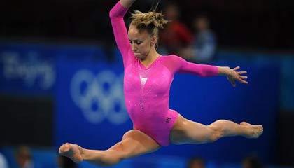 Nastia Liukin wins women's gymnastics all-around
