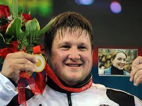 German Steiner grabs last weightlifting gold