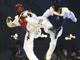 Mexican Guillermo Perez claimed the men's 55kg taekwondo title at the Beijing Olympics on August 20 of 2008, beating Gabriel Yulis Mercedes from the Dominican Republic in the final by referees' judgement.