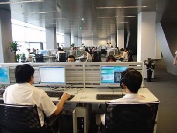 The LAN (local area network) of the digital library covers the entire building of the National Library.