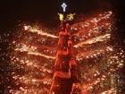 Floating Christmas tree unveiled in Rio de Janeiro