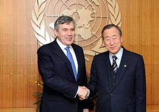 UN Secretary-General Ban Ki-moon (R) meets with British Prime Minister Gordon Brown at the United Nations headquarters in New York,the United States, March 25, 2009. [Shen Hong/Xinhua]