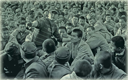 Lu Chuan instructs actors while shooting the film.