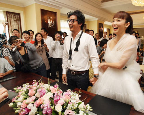 Fann Wong, Christopher Lee get married -- china.org.cn