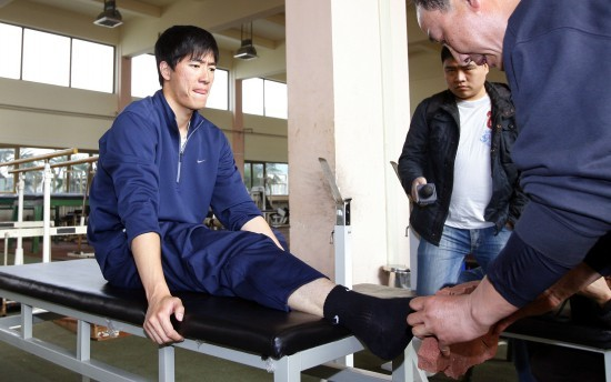 Liu Xiang's right ankle injury forced him out of the 2008 Beijing Olympic Games despite high hopes for a gold medal in his home country.