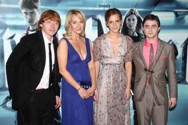 Rain Hail Fails To Derail Harry Potter Premiere China