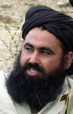 File photo of Taliban commander Baitullah Mehsud in 2004. The United States declined on Friday to confirm reports that Baitullah Mehsud, Taliban chief in Pakistan, has likely been killed along with his wife and bodyguards in a drone strike, Aug. 7, 2009. [Xinhua/AFP]