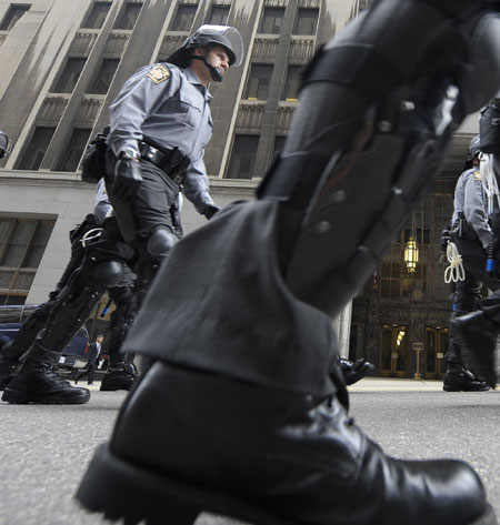 Pennsylvania State Troopers patrol on a street in Pittsburgh, Pennsylvania, the United States, Sept. 24, 2004. The G20 Summit is to be held here on Spet. 24 and 25. (Xinhua/Qi Heng)