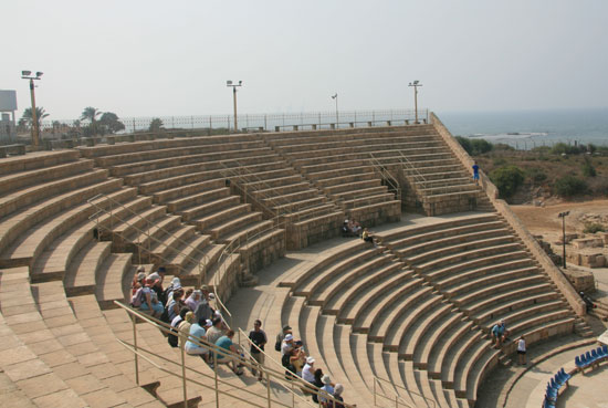 The remains of a Roman theater in Caesarea [Pang Li/China.org.cn]