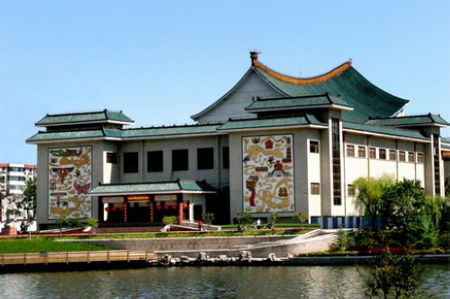 The Weifang World Kite Museum is the largest kite museum in the world, which covers an area of 8,100 square meters.[Global Times]