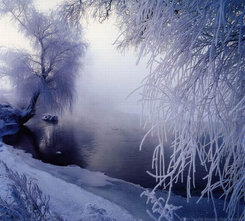 Wu Song – Jilin Rime. Ethereal beauty at dawn. [Jilin City Government] 吉林雾凇