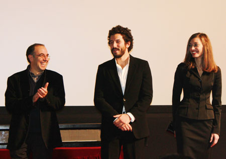 Italian director Guiseppe Tornatore, actor Francesco Scianna and actress Margareth Made (from left to right) meet the audience before screening the movie 'Baaria' at the MOMA Broadway Cinematheque in Beijing, December 10, 2009.