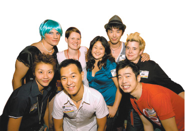 Participants and organizers smile for Shanghai Pride.[China Daily]