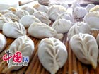 Spring Festival Food: How to make Chinese dumplings