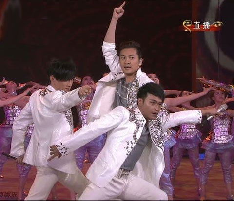 Taiwan's 1990s popular boy band The Little Tigers reunited to perform a medley of three of their 1990s hits on the stage of the 2010 CCTV New Year Gala, February 13, 2010.
