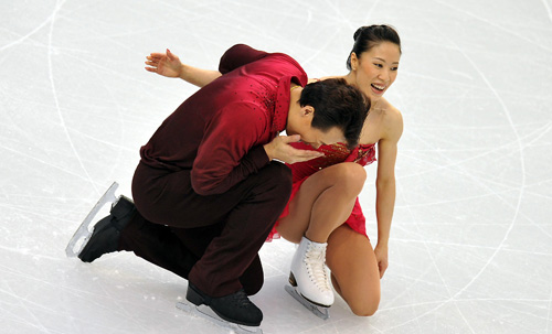 China's Shen Xue (R)/Zhao Hongbo reacts after competing for the pairs free skating of Figure Skating at the 2010 Winter Olympic Games in Pacific Coliseum stadium, Canada, Feb. 15, 2010.
