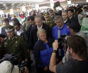 Chilean president tours quake zone