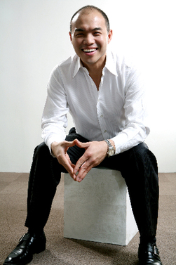 Corey Lien is the founder and CEO of Wooha.com, a B2C company specializing in high end fashion.