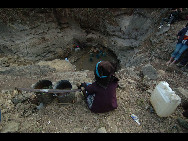 Baise, Guangxi Province, Feb. 24, 2010. A severe drought over the past months has left 7.5 million people and more than 4 million head of livestock without adequate drinking water in two southwestern China's Yunnan, Guangxi and Guizhou provinces. [Xinhua]