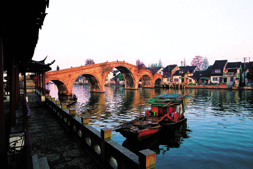 Zhujiajiao, about 50 miles (80 kms) from the Shanghai Expo site. [Photo: CRIENGLISH.com]