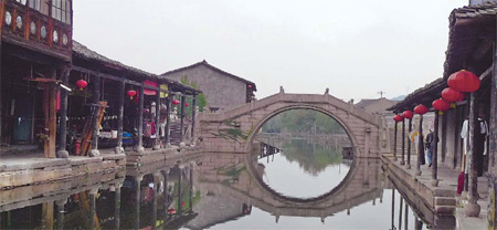 Fewer tourists make the historic village of Anchang a visitor's delight. Imaginechina