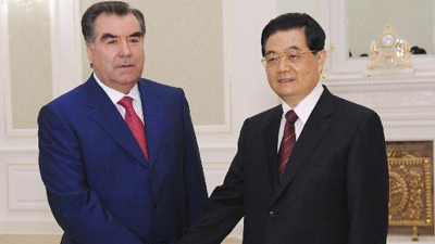 Chinese, Tajik presidents discuss bilateral cooperation