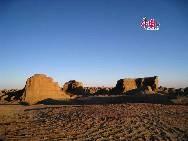 Sunset at Wuerhe 'Ghost City', Karamay, Xinjiang China [Photo by Li Shen]