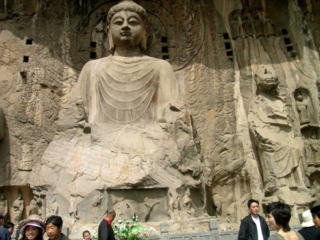 China Tours, China Travel Guide, Longmen Grottoes of Henan