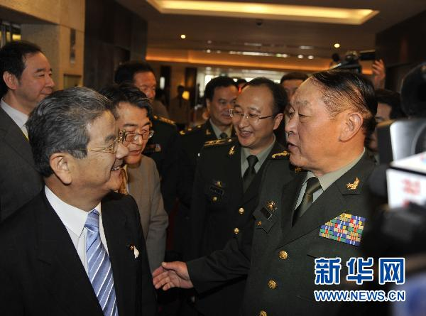 Chinese Defense Minister Liang Guanglie told his Japanese counterpart Toshimi Kitazawa in Hanoi