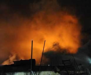 Fire breaks out at scene of Dalian pipeline blast
