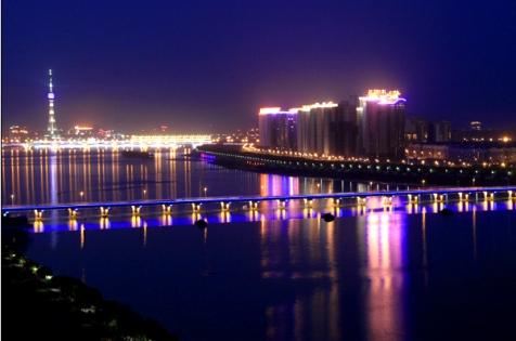 Top 10 Chinese tourist cities in foreigners' eyes