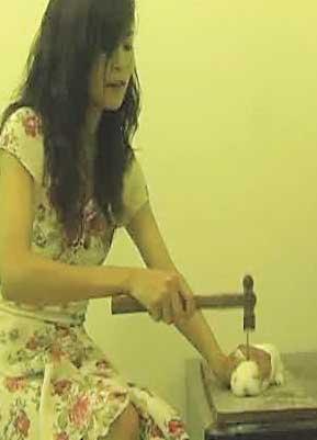 Asian woman who killed kitten pics 119