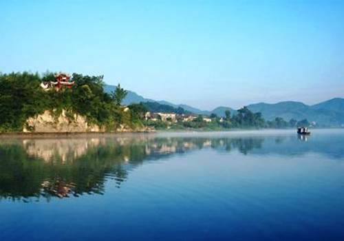 Taiping Lake is the largest man-made lake in Anhui Province. [u0559. com]