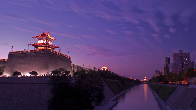 City Wall,one of the 'Top 10 things to do in Xi'an, China' by China.org.cn.