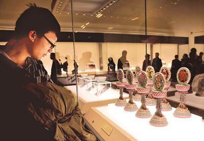 China's National Museum, to the east of Tian'anmen Square in central  Beijing, has reopened to the public after nearly four years of  renovations.