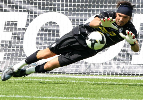 Gianluigi Buffon, one of the 'Top 20 highest-earning footballers of 2011' by China.org.cn