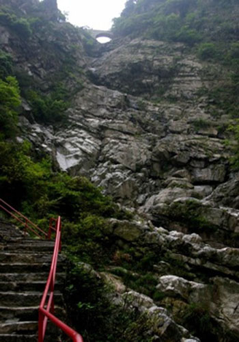 Lushan Mountain, one of the 'Top 10 April destinations in China' by China.org.cn