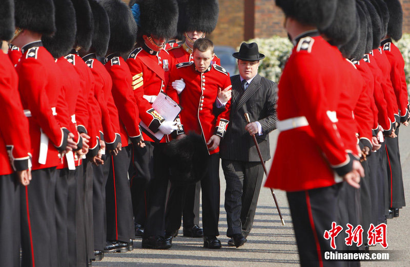 Coldstream Guards - Changing The Guard At Buckingham Palace