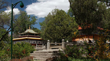 Summer Palace of Dalai Lamas,Norbulingka Park