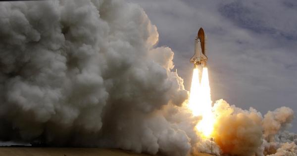 NASA's last space shuttle blasts into history - China.org.cn