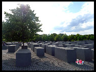 Holocaust Memorial. This Memorial to the victims of the Holocaust is an undulating forest of 2711 slabs of concrete, each of a different size. It was dedicated 60 years after the fall of the Nazi regime. [Zhang Fang/China.org.cn]